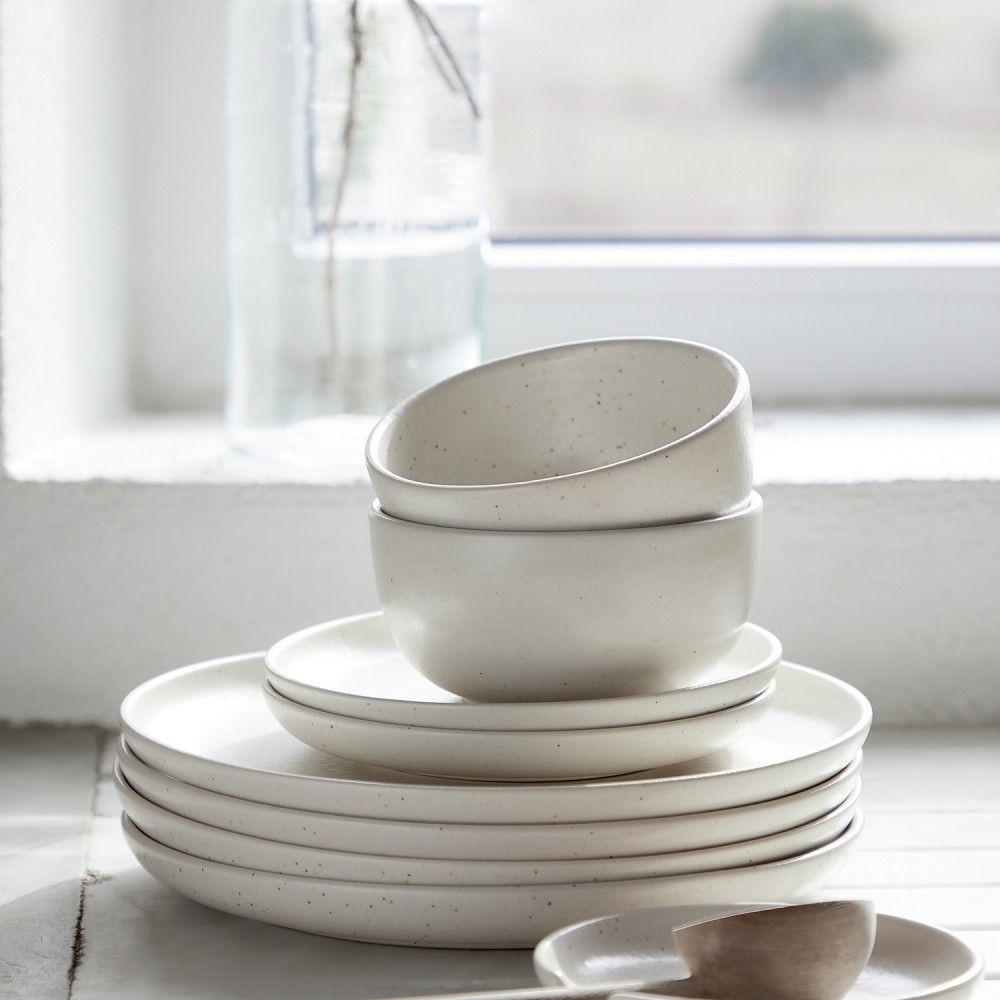 DINNER PLATE 27